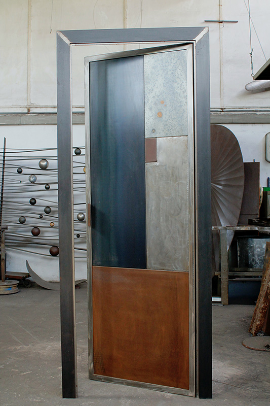Mobili In Ferro Design.Design Gabriele Simei